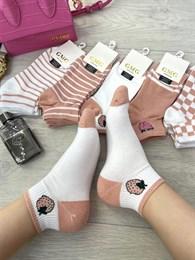 Женские носки короткие цветные с рисунками клубничка и разные оптом