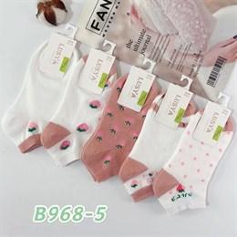 Женские носки короткие белые с рисунками клубничка оптом 968-5